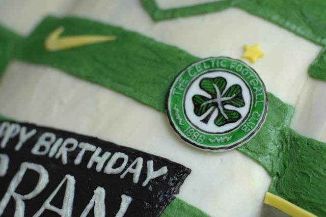 Celtic Football Club Jersey Cake close up