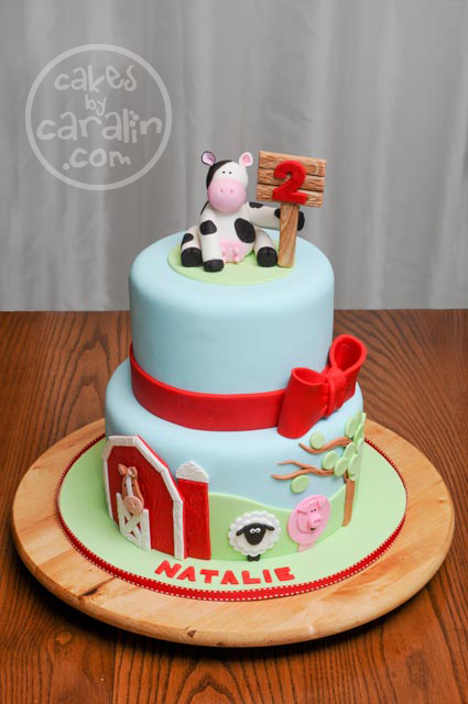 """Udderly"" Adorable Farm Cake"