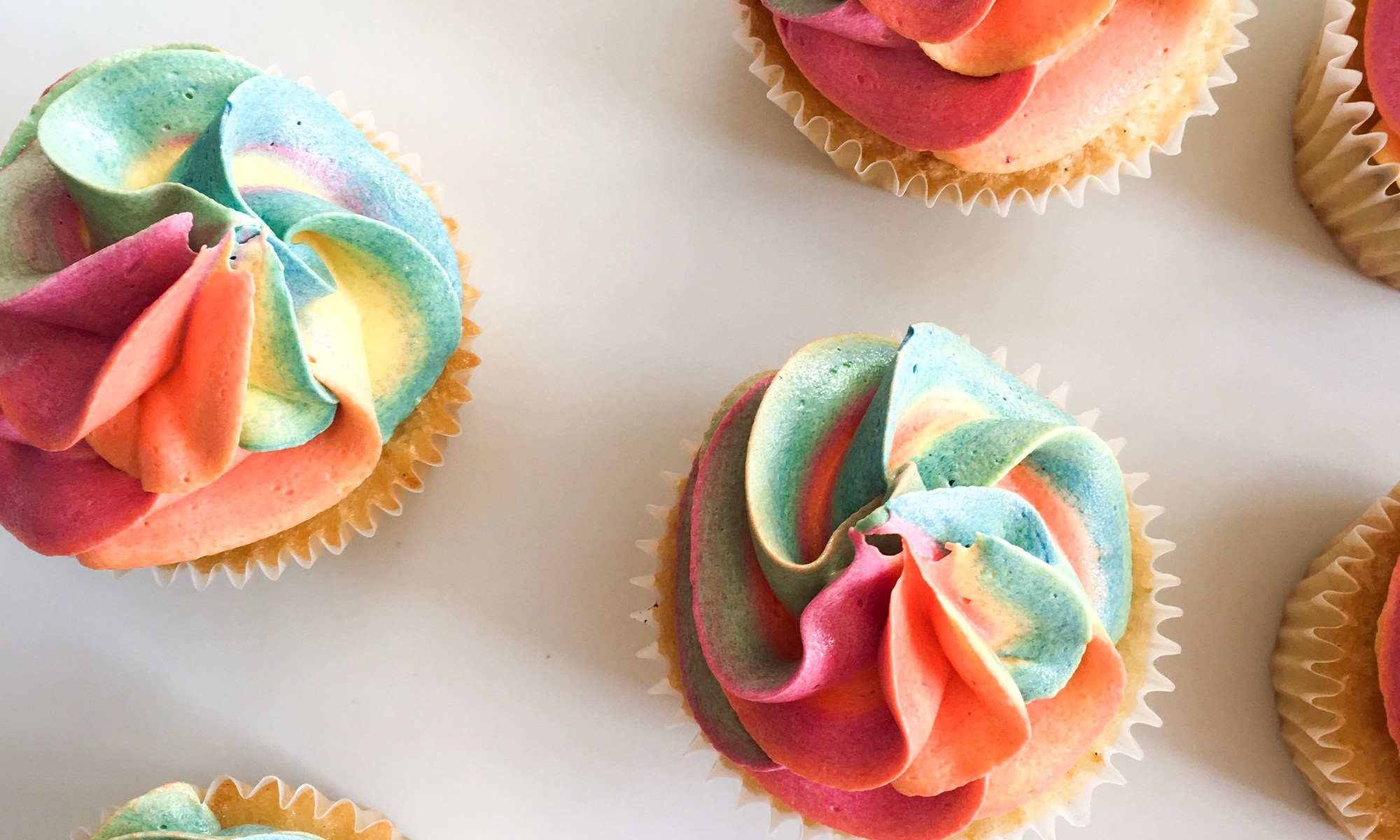 Rainbow Swirl Buttercream Tutorial