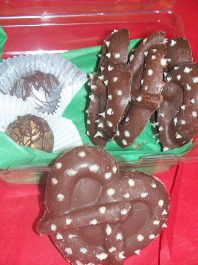 chocolate-pretzels-charlotte