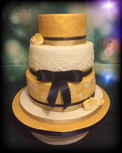 Vintage Gold Wedding Cake