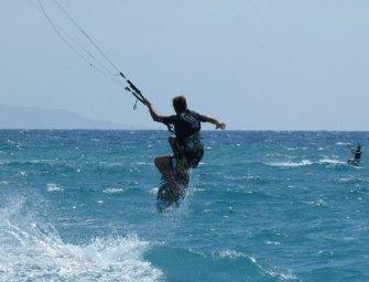Spot kitesurf in Calabria, ecco dove soffia il vento [FOTO]