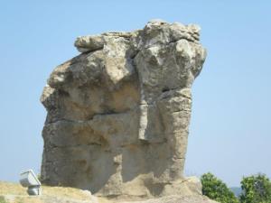 elefante di pietra