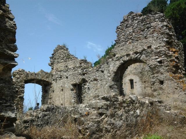 Monastero sant elia vecchio ruderi