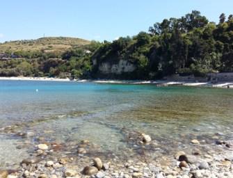 Spiaggia Sant'Irene, relax tra sole e leggenda