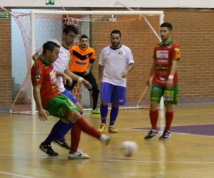 Dile Gomes, ha sbloccato la partita su rigore contro la Lamezia Soccer