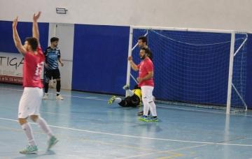 La rete del 3-0 di Antonio Berardi