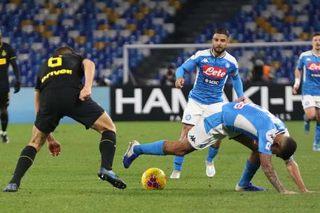 Napoli's forward Lorenzo Insigne (C) during Italian Serie A soccer match between SSc Napoli and FC Inter Milano at the San Paolo stadium in Naples, 6 January 2020. ANSA / CESARE ABBATE