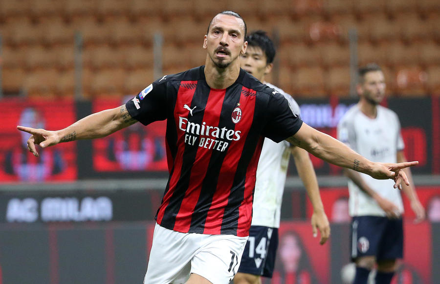 AC Milan's Zlatan Ibrahimovic jubilates after scoring goal of 1 to 0 during the Italian serie A soccer match  Ac Milan vs Fc Bologna  at Giuseppe Meazza stadium in Milan 21 September  2020. ANSA / MATTEO BAZZI