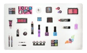 Monster-high-advent-calendar-contents