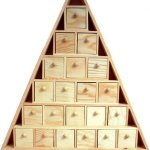 wooden-advent-calendar-christmas-tree