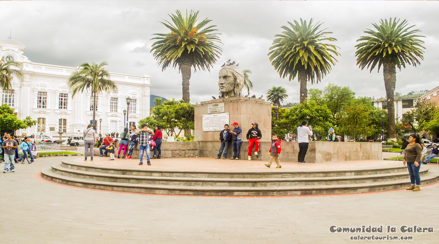 otavalo cultura ecuador market