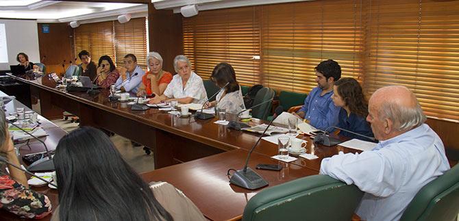 Gobierno caleño priorizará atención de situaciones que afectan a las mujeres