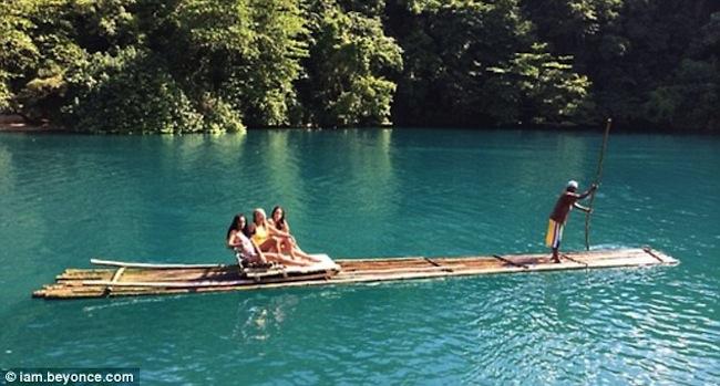 beyonce bikini pics in jamaica rio grande