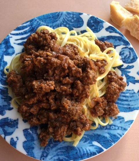 Kema is Greek meat sauce.