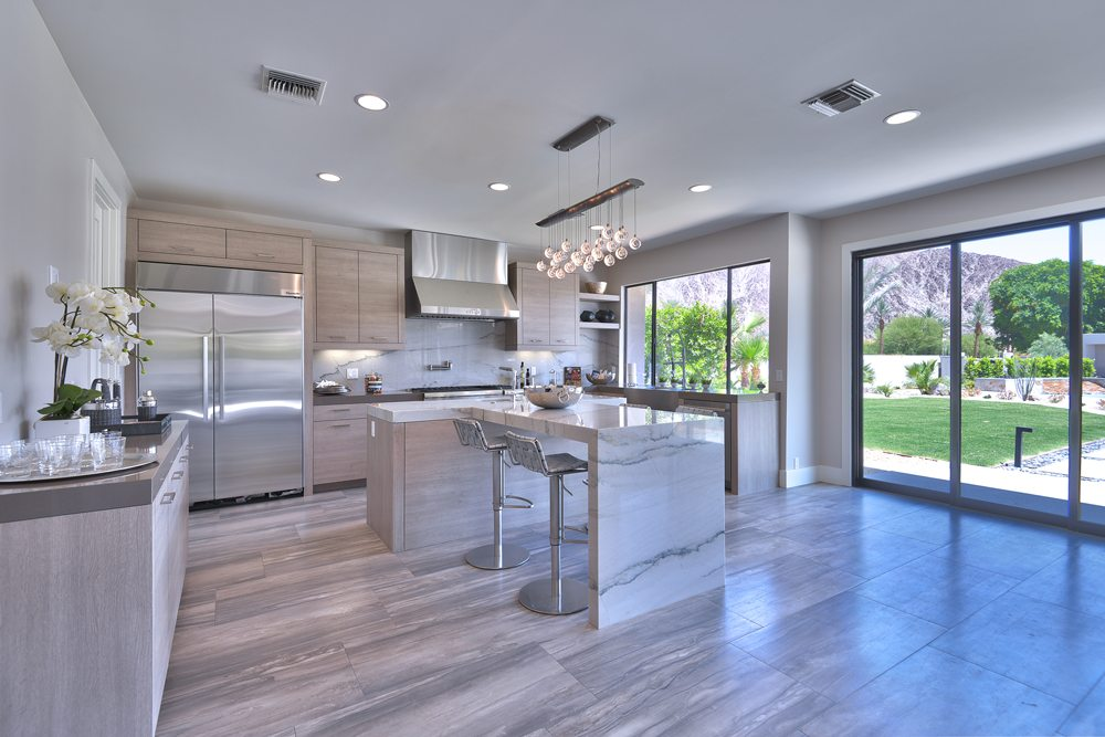 KITCHEN TO MOUNTAINS 1000px Extraordinary Home of the Week: La Quinta Contemporary
