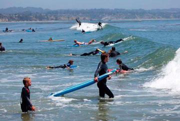 playas donde aprender surf