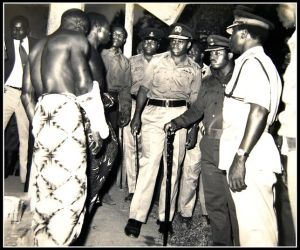 In the picture,Chief Inspector Okoi Omini Edet, Col. Paul Omu, Military Administrator, CRS, Late Prince Eweke, Comm of Police CRS and Late Maman Vasta talk with victmms of the 1975 Ugep massacre.