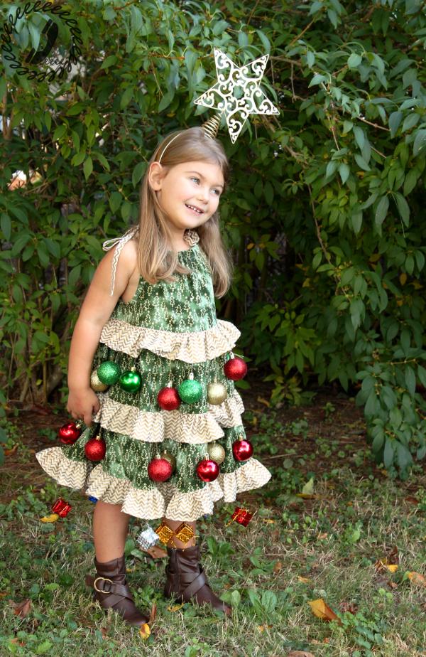 Christmas Tree Costume.Halloween Hack Christmas Tree Costume Call Ajaire