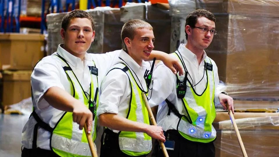 service-missionaries-2