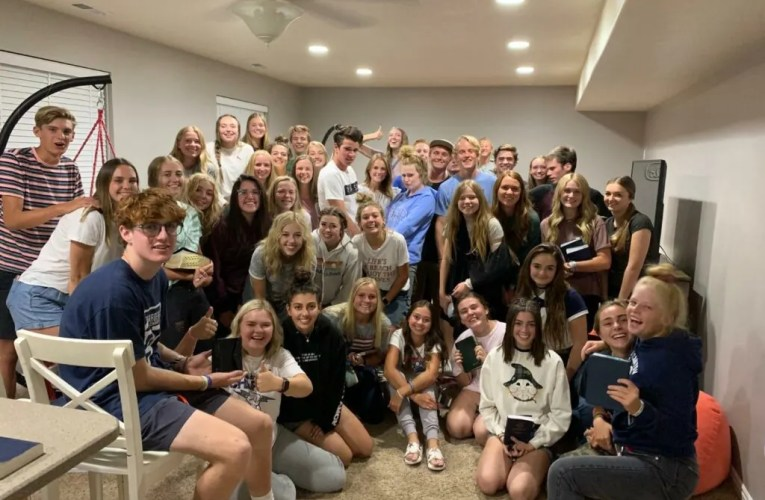 Student-Led Scripture Study Gatherings Are 'Clique-Free Zones' For Utah High Schoolers