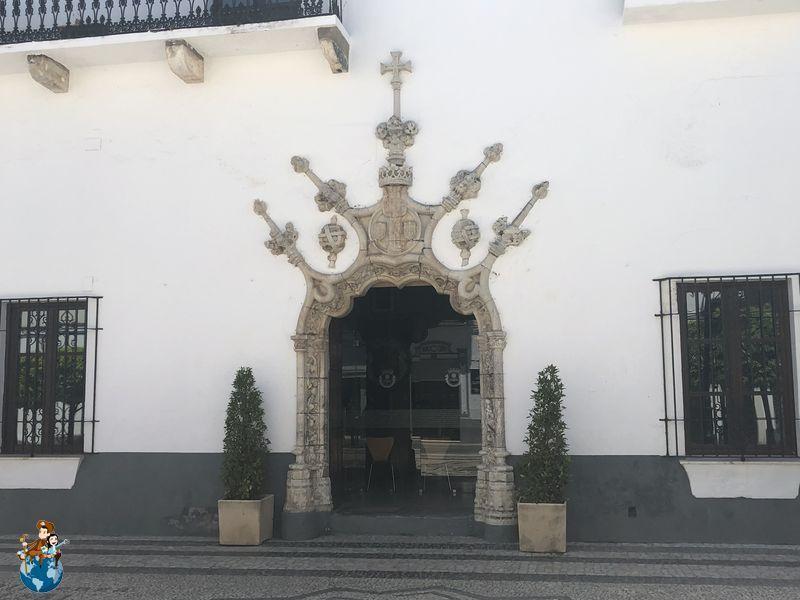 Puerta Ayuntamiento Olivenza