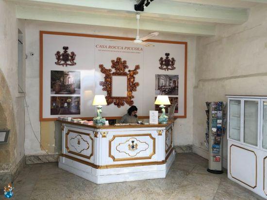 Entrada principal Casa Rocca Piccola
