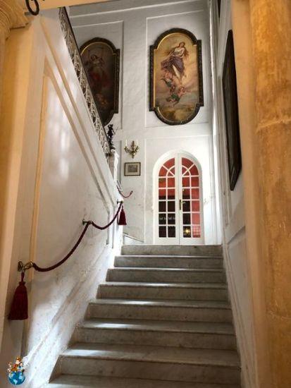 Escaleras entrada Casa Rocca Piccola