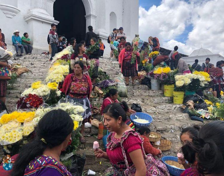 Chichicastenango: El mercado más famoso y colorido de Guatemala