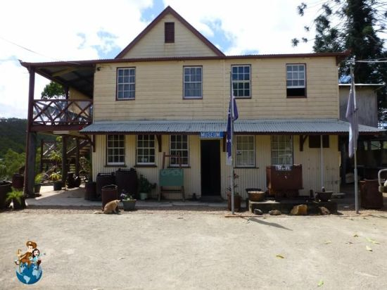 LOUDOUN HOUSE - IRVINEBANK (3)