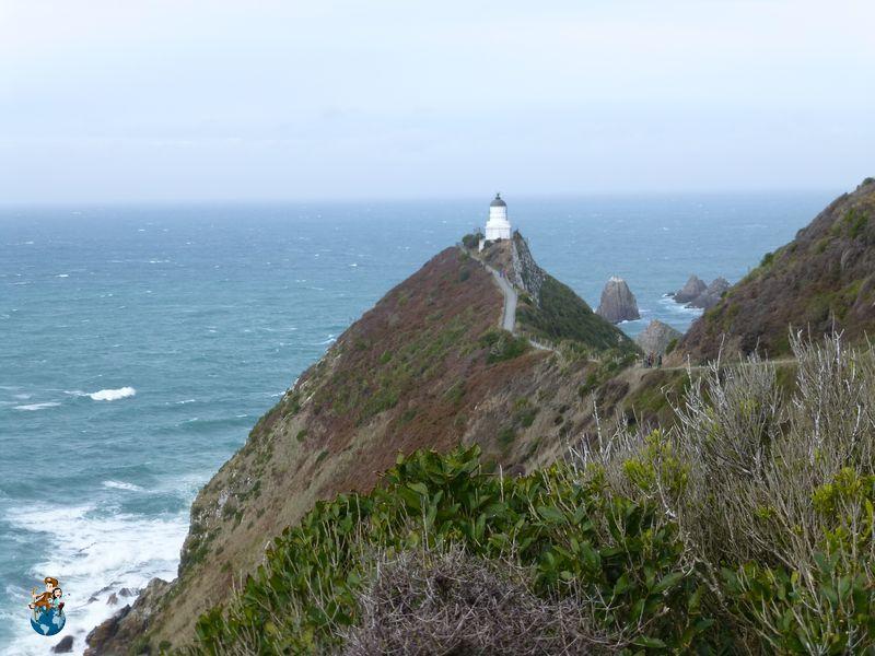 Faro de Nugget Point