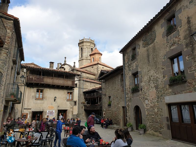 Plaza Mayor de Rupit