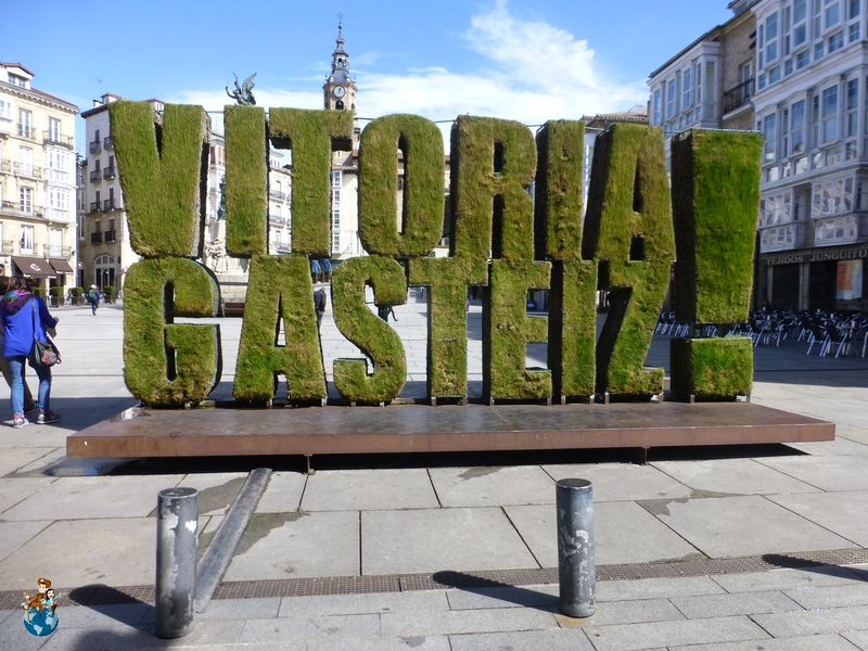 Plaza de la Virgen Blanca en Vitoria - Gasteiz