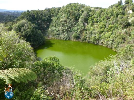Souther Crater - Valle volcánico Waimangu