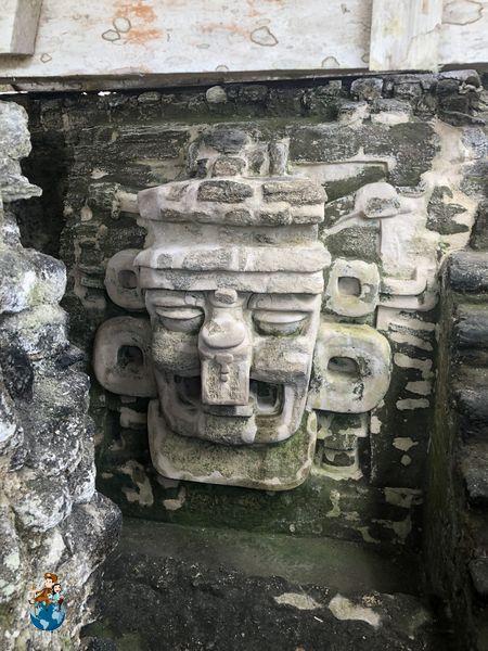 Templo 33 Acrópolis Norte - Tikal