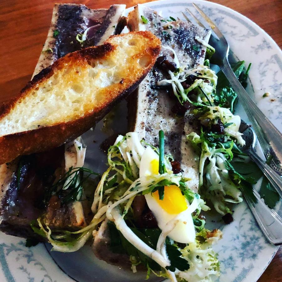 Fondly remembering the days when we could go out for dinner, especially during Portland Dining Month. Feeling adventurous, I tried bone marrow at St. Jack Restaurant.