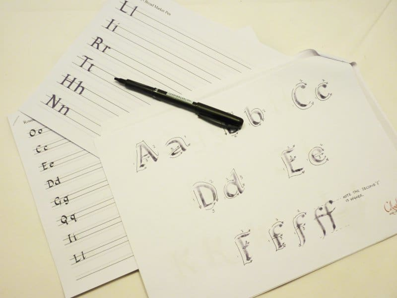 Calligraphy Course - Week 1 - Learning the Round Hand style and getting comfortable with the fibre pen