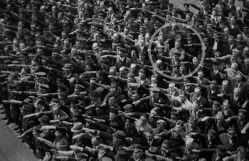 1024px August Landmesser Almanya 1936