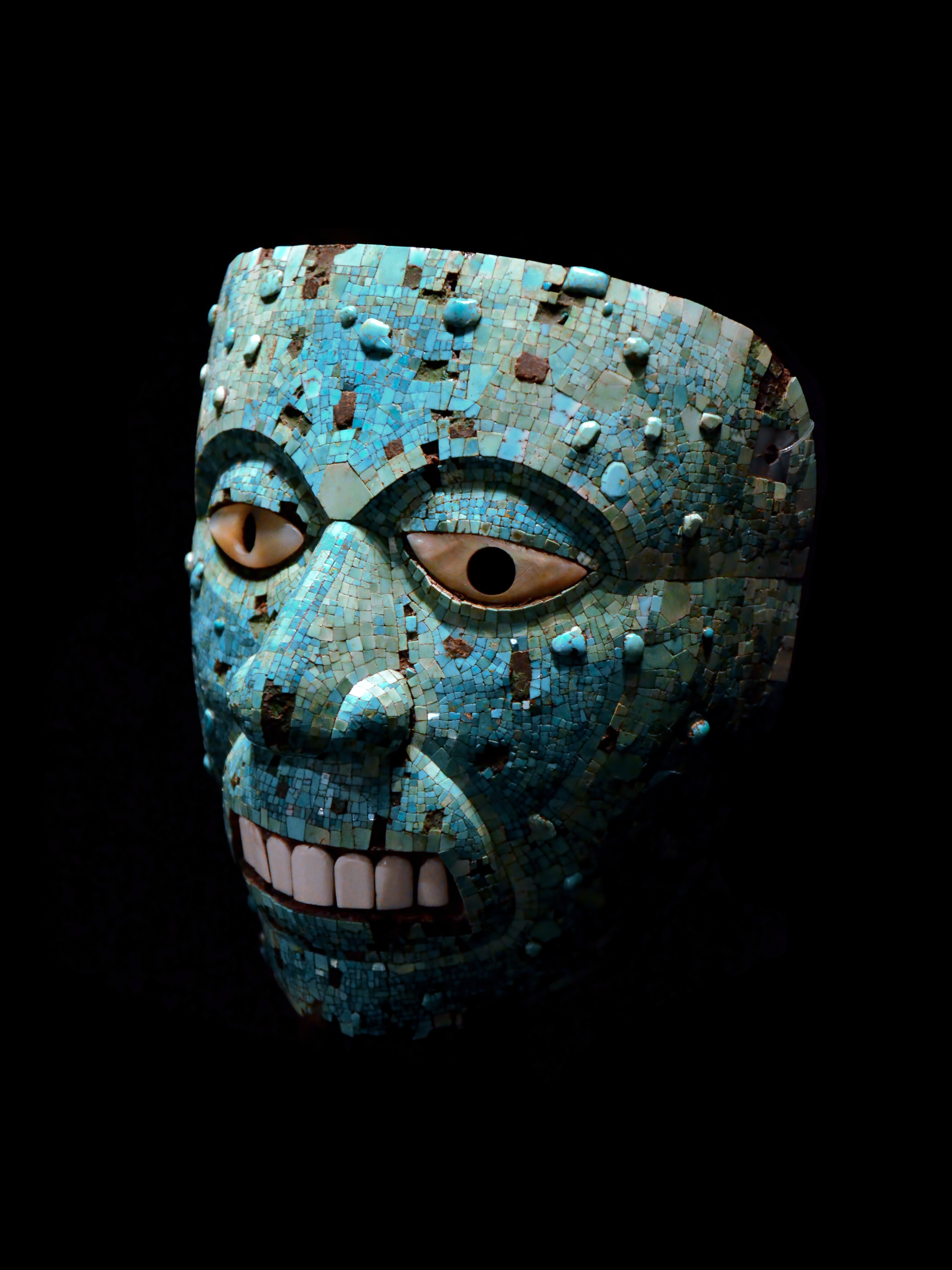 Xiuhtecuhtli_(mask)