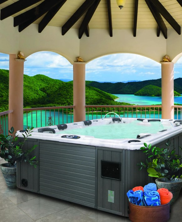 Diamond Hot Tub