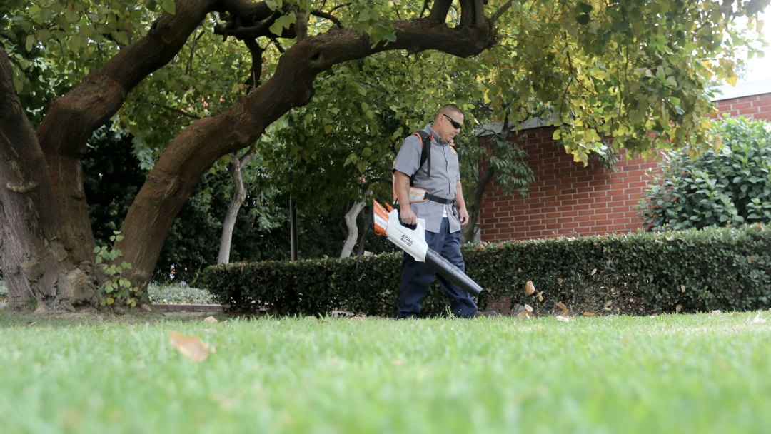 SCAQMD hails Cal State LA as a national leader in sustainability