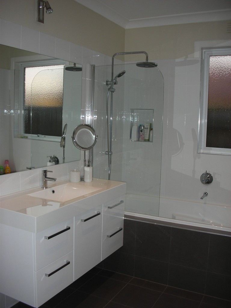 Average Labor Cost For Bathroom Remodel