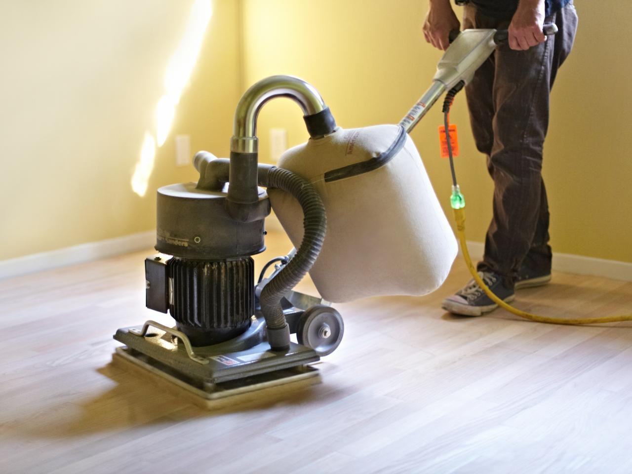 Best Cleaning Solution For Hardwood Floors