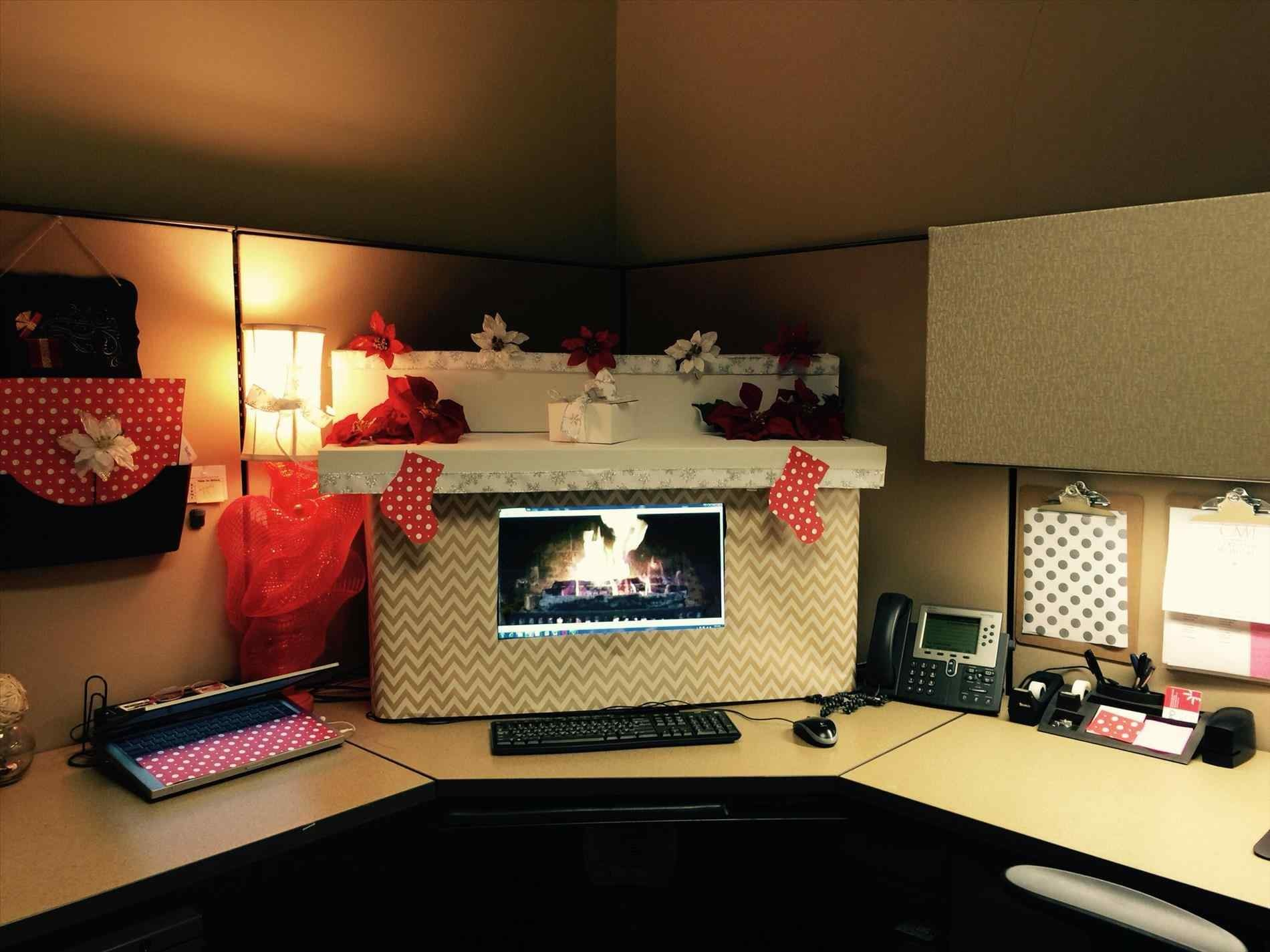 Funny Christmas Cubicle Decorating Ideas