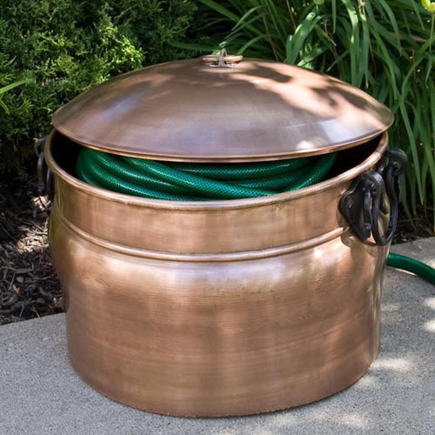 Garden Hose Container With Lid
