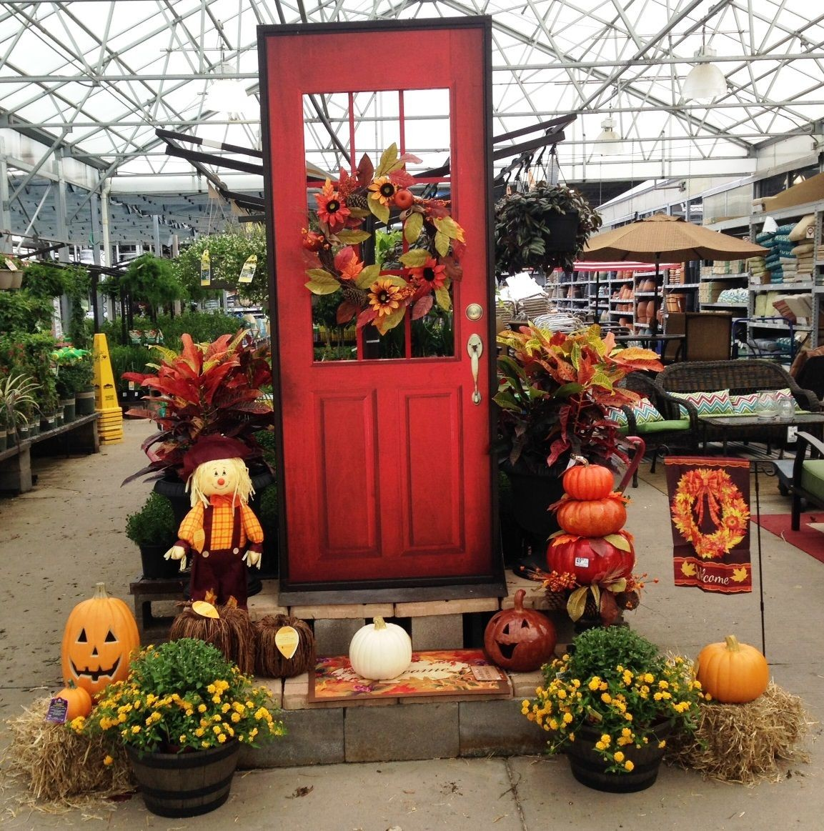 Lowe's Home And Garden Center