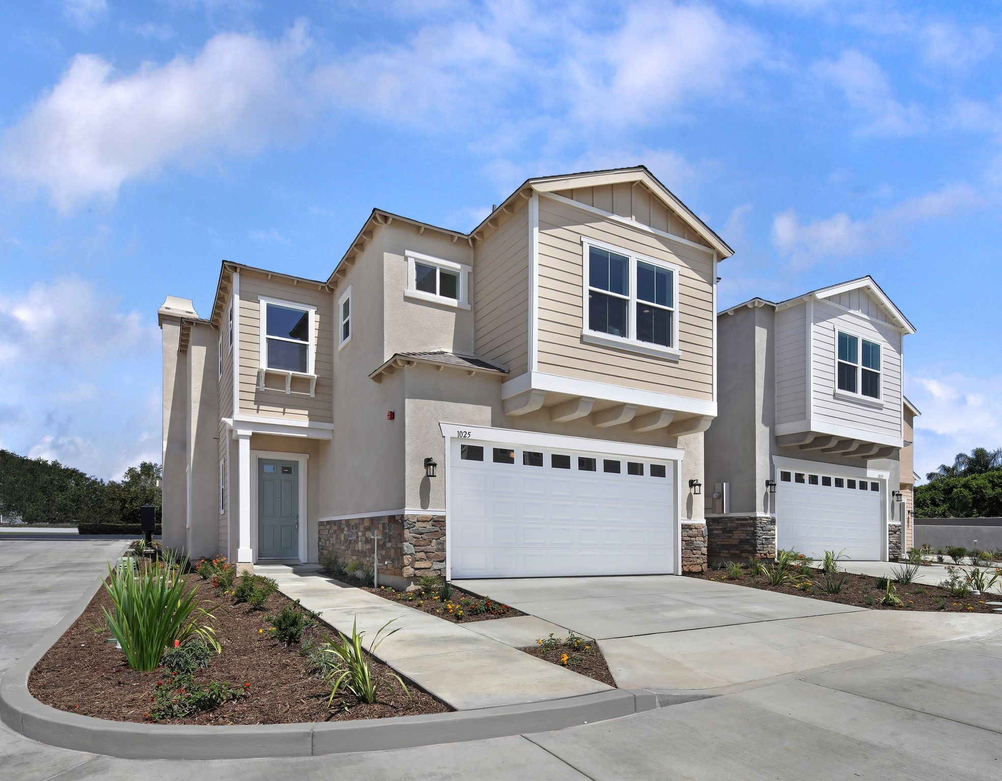 New Homes In Tustin