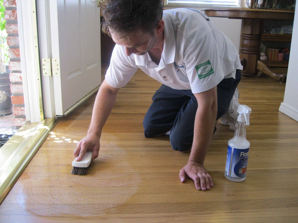 What To Use To Clean Vinyl Floors