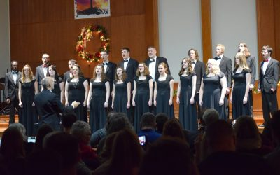 Students and Faculty Perform at Christmas Concert