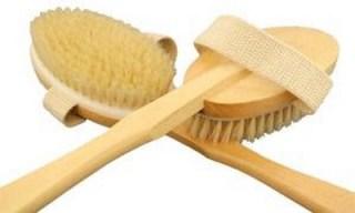 brossage-sur-peau-seche-avec-brosse-fibre-nat-L-2